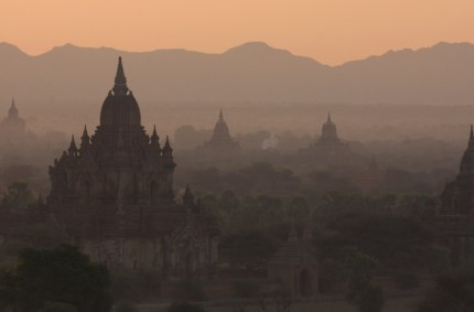 Temples at dawn, Bagan