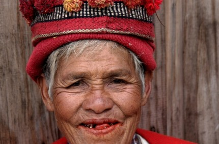 Chewing betel nut, Banaue